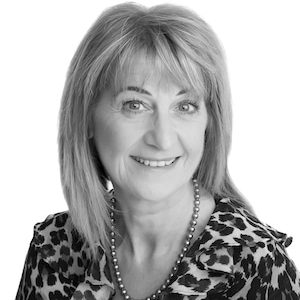 Lesley Skinner Goldsmith Valuer